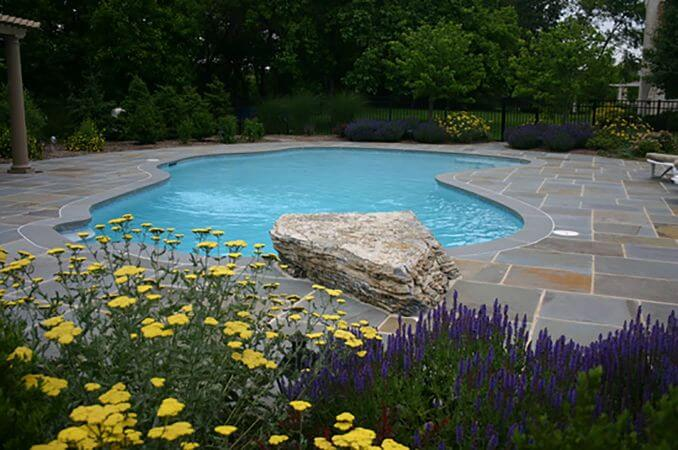May_2019_-_water_feature_Pool-with-jumping-rock